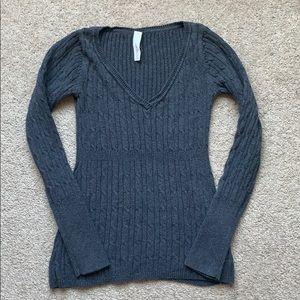 5/25 Women's grey sweater